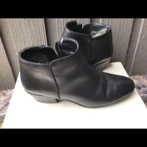 Sam Edelman women's leather boot.